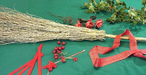Christmas besom - required materials