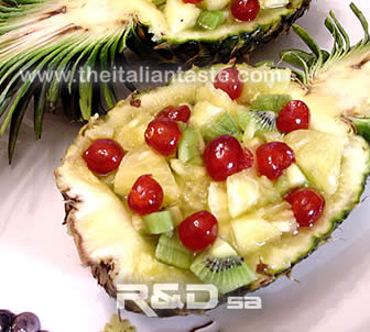 Pineapple and kiwi salad