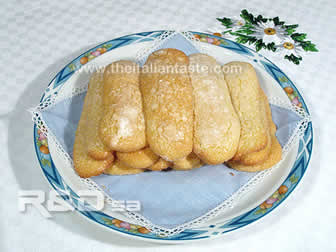 Homemade ladyfingers (savoiardi) biscuits