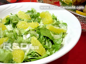 orange salad, a typical side dish according to Mediterranean diet in which fruit is combined  with green salad, the correct way for healthy eating