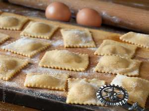 Meat & spinach filled agnolotti