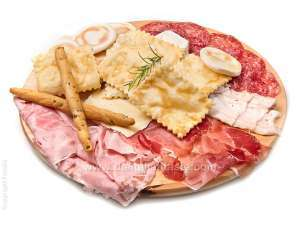 little piadinas and fried gnocchi with cold meats