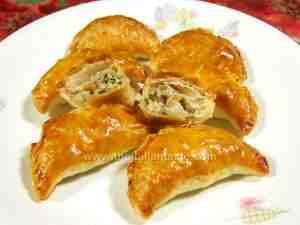 Puff pastry tidbits with anchovy filling